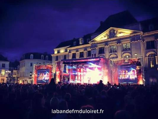Tour Vibration, place du Martroi, 22 septembre 2015