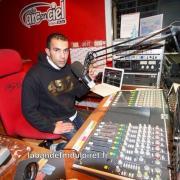 l'animateur Younés pendant son émission (DJ Younés) , 2016