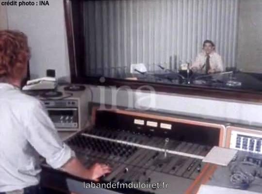 inauguration de la radio 9 juin 1980 le studio et la régie