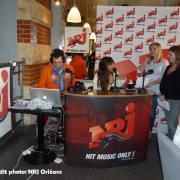 émission en direct avec Leslie, le 6 février 2012.