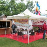 stand Radio Chalette lors d'une fête communale, juin 2012