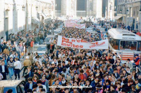 La manifestation de février 1985,rue Jeanne d'Arc à orléans