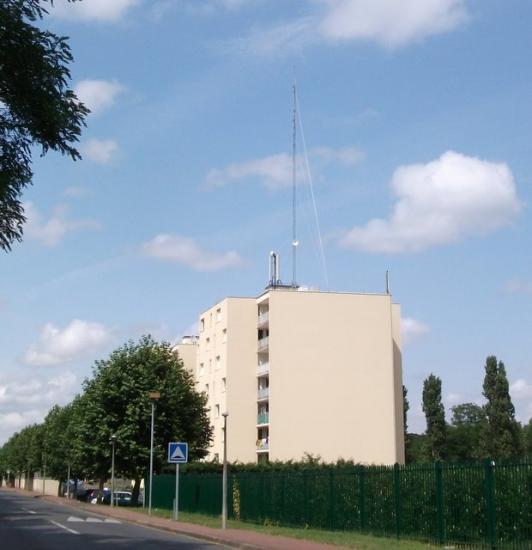 émetteur rue de la Garenne a Chalette sur Loing (vu du site)