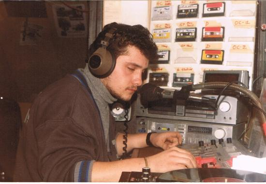 Dominique a l'antenne en 1986.