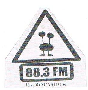 le logo dans la seconde partie des années 2000.