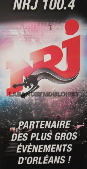 affiche NRJ issue des locaux Orléanais